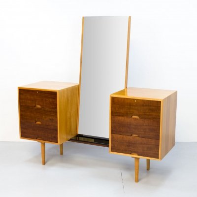 Hilleplan Cherry Dressing Table by Robin Day for Hille, 1950s