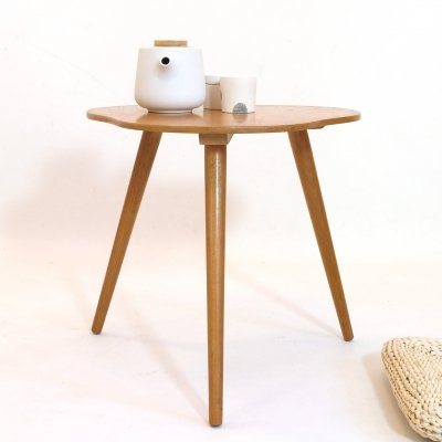 Little tripod coffee table, 1960-1970
