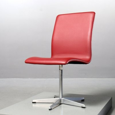 Red skai leather Oxford chair by Arne Jacobsen for Fritz Hansen, 1970s
