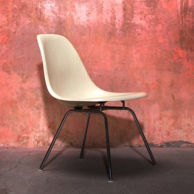 Vintage Fiberglass DSX Chair by Charles & Ray Eames for Herman Miller, 1978