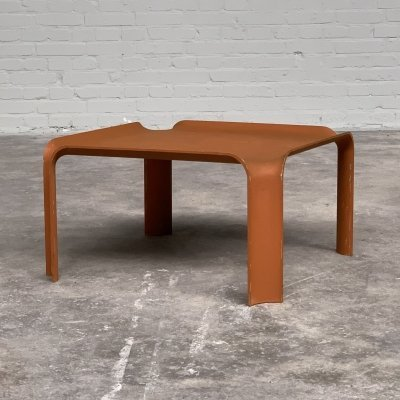 Molded side or coffee table 877 by Pierre Paulin for Artifort, 1965