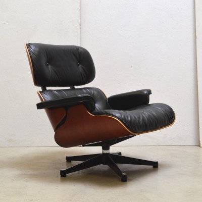 Lounge chair by Charles & Ray Eames for Vitra, 1990s