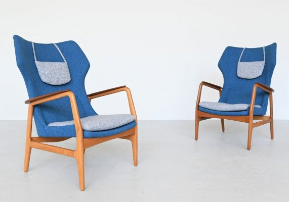 Aksel Bender Madsen blue Karen wingback chairs by Bovenkamp, Netherlands 1960