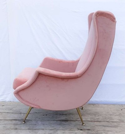 Italian Pink Velvet Sculptural Chair, 1960s