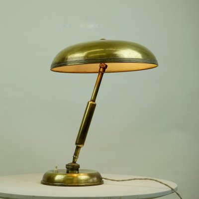 Italian Midcentury Brass Desk Lamp by Giovanni Michelucci for Lariolux