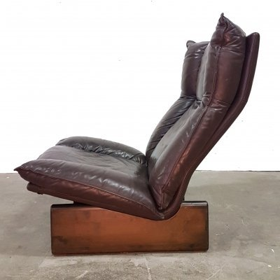 Brutalist leather & wood lounge chair by Leolux, Netherlands 1970s