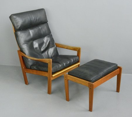 Lounge Chair & Ottoman by Illum Wikkelsø, Circa 1960s
