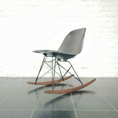 Fibreglass rocking chair by Charles & Ray Eames for Herman Miller, 1970s