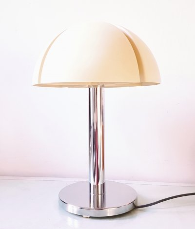 'Octavo' mushroom table or desk lamp by Raak Amsterdam, 1970s