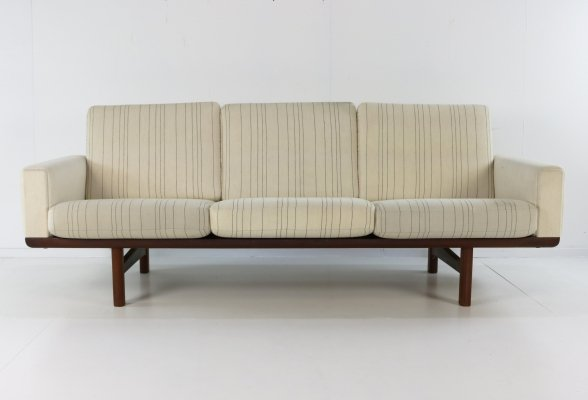 GE 236 sofa by Hans Wegner for Getama, 1950s