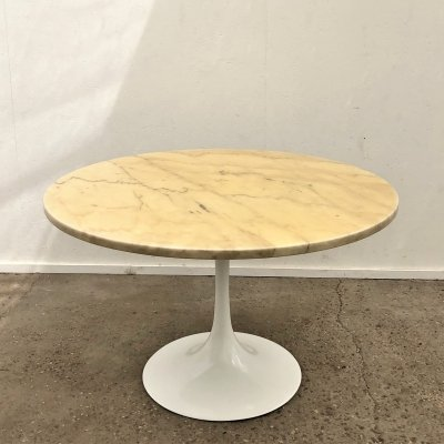 Vintage marble dining table on tulip base, 1960s / 1970s