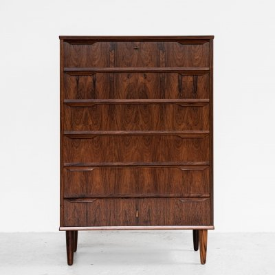 Midcentury Danish chest of 6 drawers in rosewood with long drawer handle in 2 parts