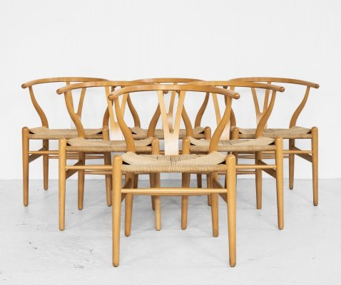 Original set of 6 Wishbone chairs in beech by Hans Wegner for Carl Hansen & Søn