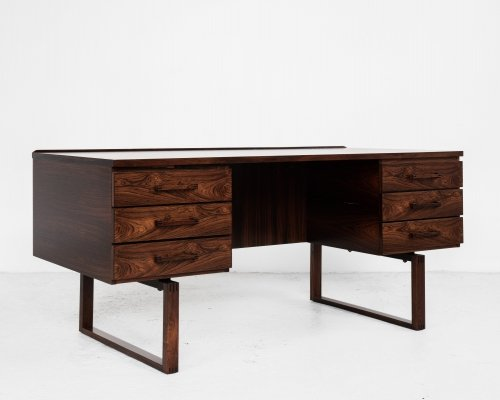 Midcentury Danish desk in rosewood by Henning Jensen & Torben Valeur for Munch Møbler, 1960s