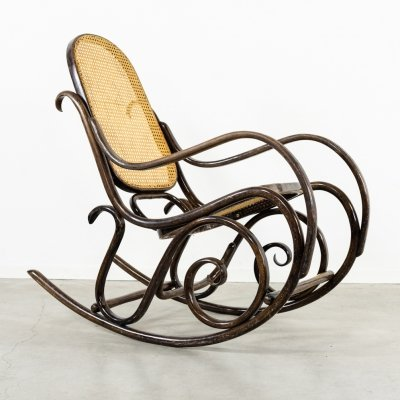 Rocking chair No.10 from Thonet, 1940s