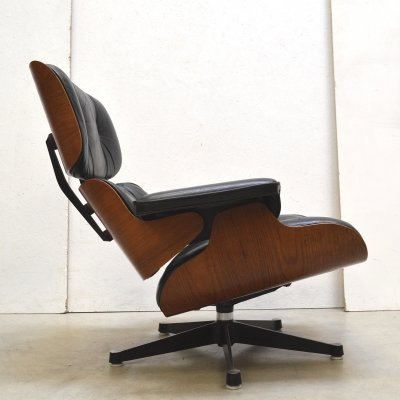 1st Edition Lounge Chair by Charles Eames for Herman Miller, 1959
