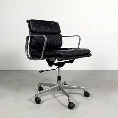 EA217 Soft Pad Desk Chair by Charles & Ray Eames for ICF, 1970s