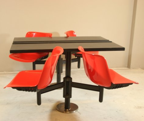 Osvaldo Borsani modern table with 4 built-in chairs for Tecno, 1970s