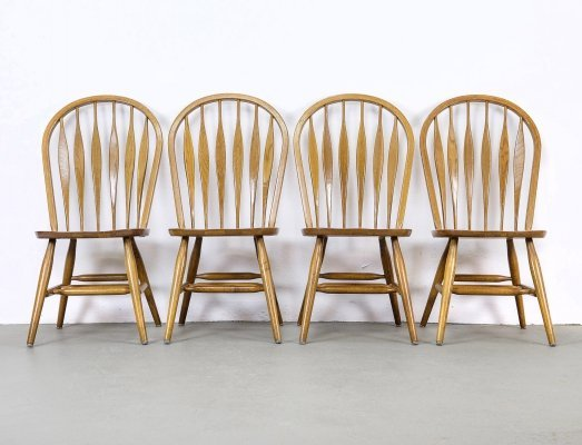 Set of 4 Windsor Dining Chairs in Oak by Stol Kamnik