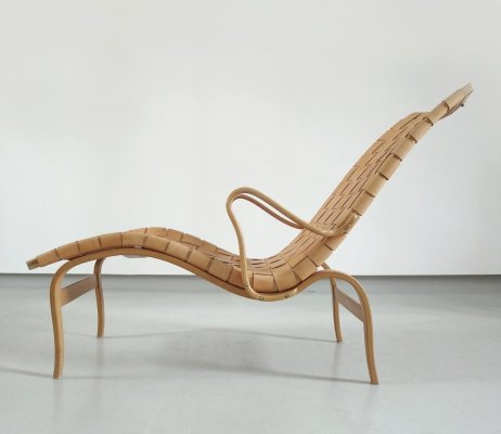 Early Hand Signed Bruno Mathsson 'Pernilla Chaise' Longue in Leather, Sweden 1942