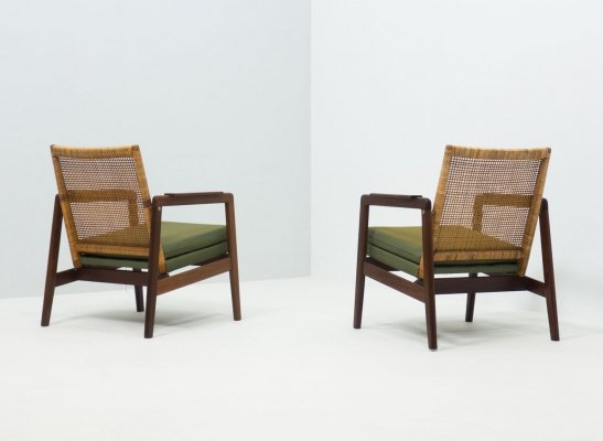 Pair of lounge chairs by P. Muntendam for Gebroeders Jonkers, 1950s
