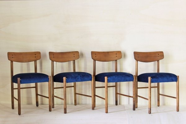 Set of 4 Blue velvet vintage dining chairs, 1950s