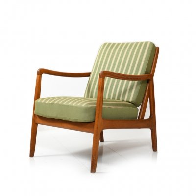 Early FD-109 Lounge Chair by Ole Wanscher