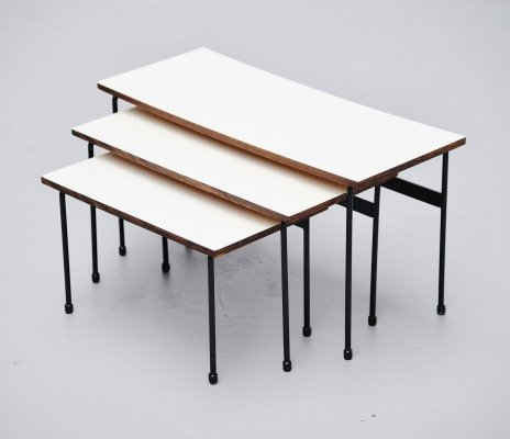 Martin Visser Twello nesting tables for 't Spectrum, 1956