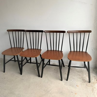 Set of 4 Mid Century Danish Spindle Dining Chairs From Billund Stolefabrik, 1950s