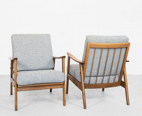 Midcentury Danish pair of easy chairs in solid beech & grey fabric, 1960s