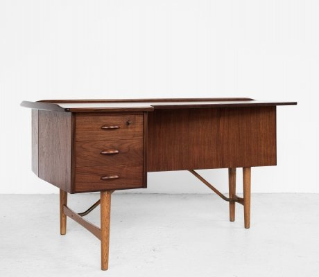 Midcentury Danish Boomerang desk in teak by Peter Løvig Nielsen, 1950s