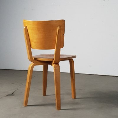 Rare example of the bent plywood chair by Modernist Cor Alons from 1948