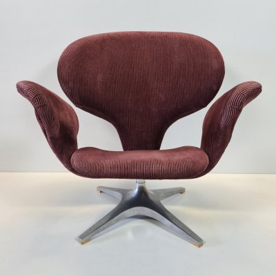 Rohé 'Tulip' Swivel chair with corduroy upholstery, 1960s