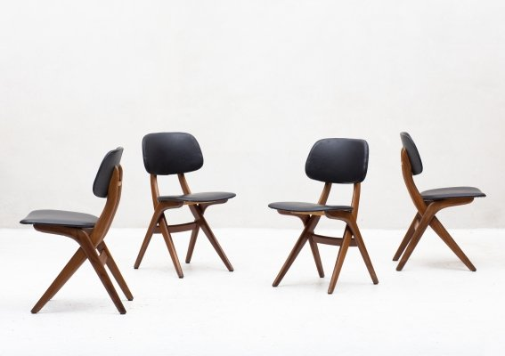 Set of 4 'Pelican' dining chairs by Louis Van Teeffelen for Wébé, Holland 1950
