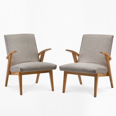 Pair of type 300-123 PUCHAŁY armchairs / men's version