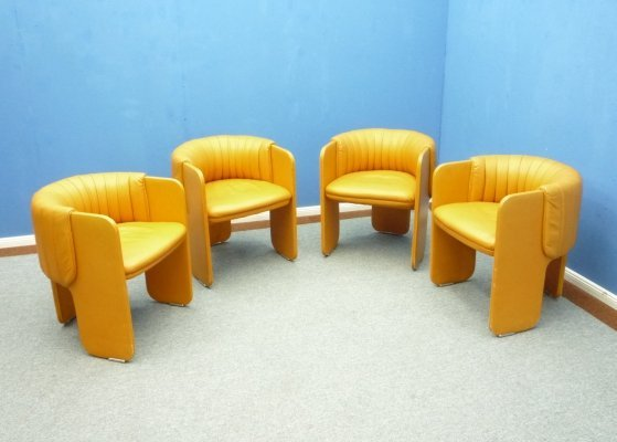 Set of 4 Leather Dining Chairs from Poltrona Frau, 1970s