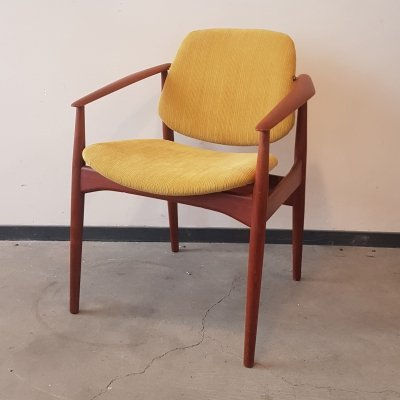 Danish teak chair with swivel back seat by Arne Vodder, 1950s