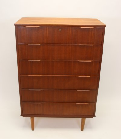 Danish Teak chest of drawers with 6 drawers