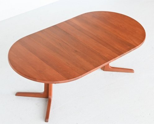 Niels Bach extendable teak dining table by Randers Mobelfabrik, Denmark 1960