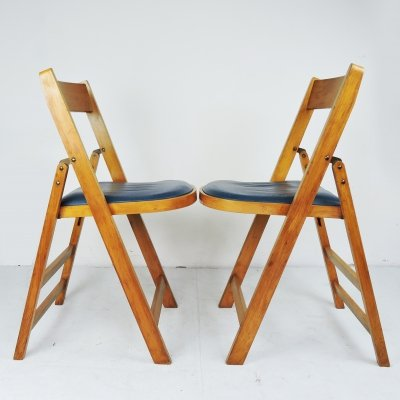 Pair of Wooden Folding Chairs With Blue Vinyl Seats by Stoe Benchairs, Yugoslavia 1950s