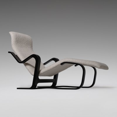 Chaise Longue In Plywood & Bouclé by Marcel Breuer, 1970s