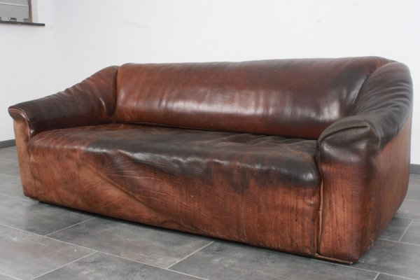 De Sede DS47 3-seater in bullhide leather with character