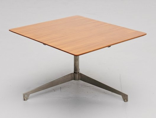 Osvaldo Borsani adjustable table by Tecno, Italy 1960