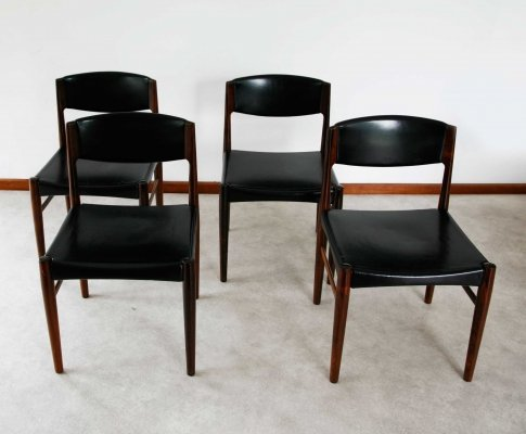 Set of 4 'Glostrup Mobelfabrik' dining chairs in a minimal Danish style