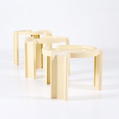 Plastic nesting coffee tables by Giotto Stoppino for Kartell, 1970's