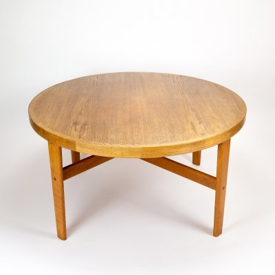 Model D105 Oak Coffee Table by Jørgen Bækmark for FDB Møbler, Denmark 1963