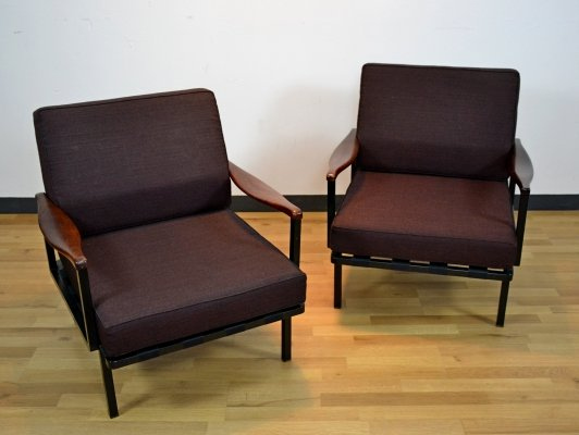 Pair of Italian Rosewood Model P24 Lounge Chairs by Osvaldo Borsani for Tecno