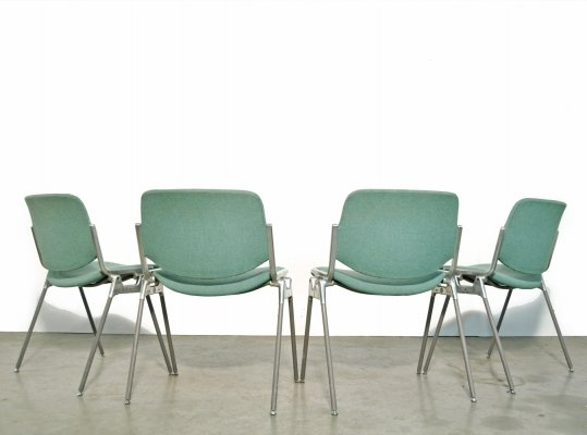 Set of 4 dining chairs by Giancarlo Piretti for Castelli, Italy 1970s