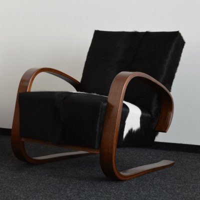 Cantilever Cowhide Lounge Chair by Miroslav Navratil for Spojene UP Zavody, 1950