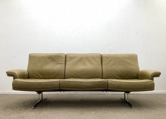 Olive green leather DS 35 3-seater sofa by De Sede, Swiss design 1970s